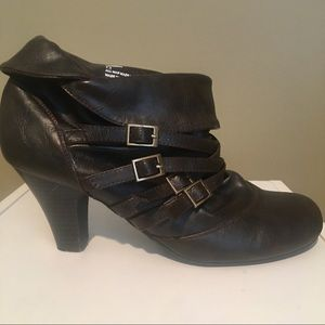 Madden Girl Brown Faux Leather Ankle Boots/SZ 7.5
